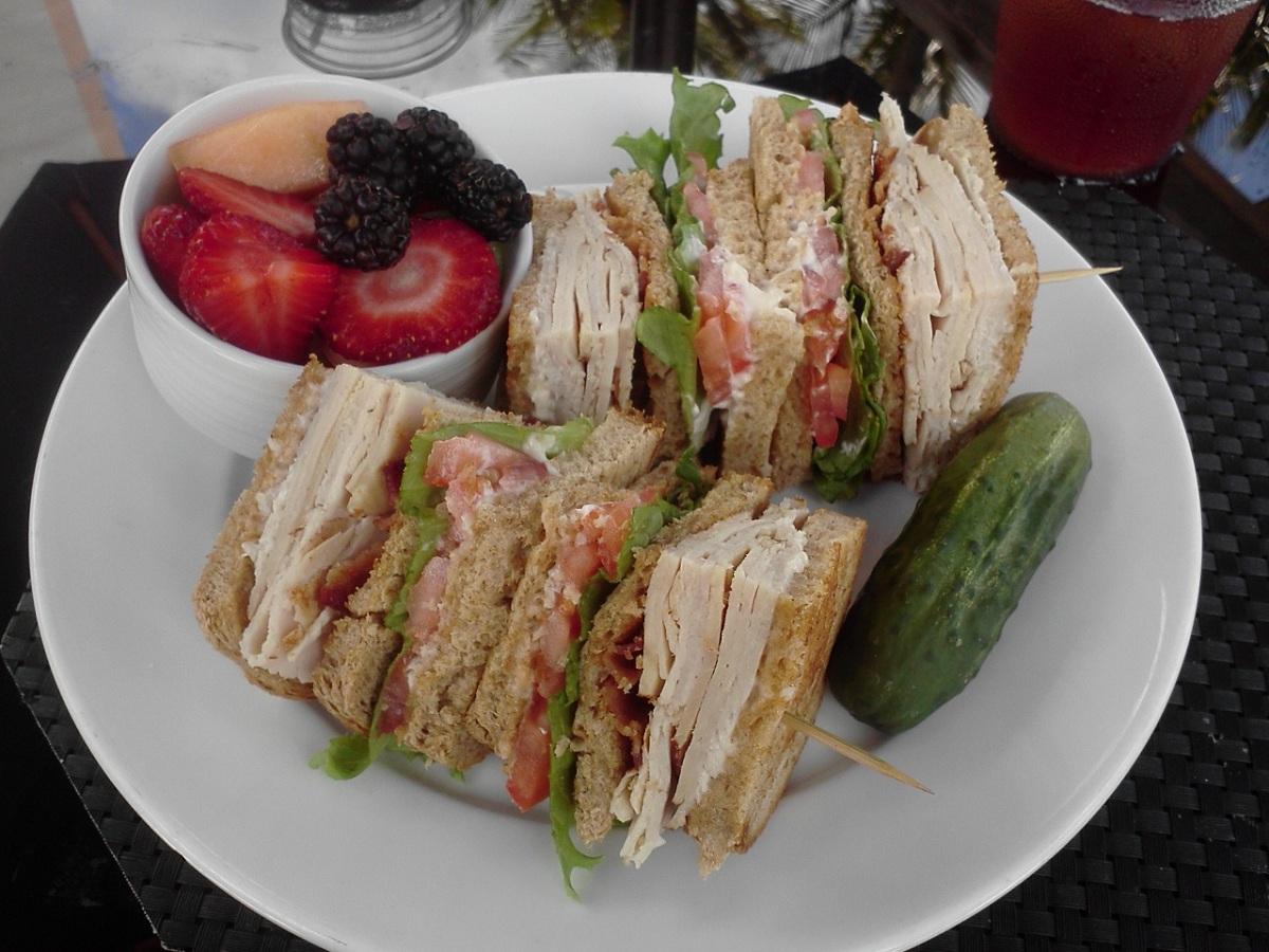 sinclairs-ocean-grill-roasted-turkey-club - JupiterSandbar.com